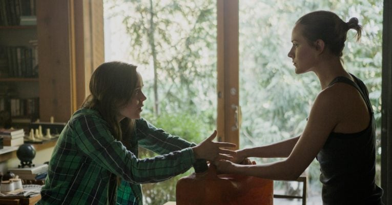 Into the Forest [Review] – Schwestern-Drama im Dystopie-Gewand